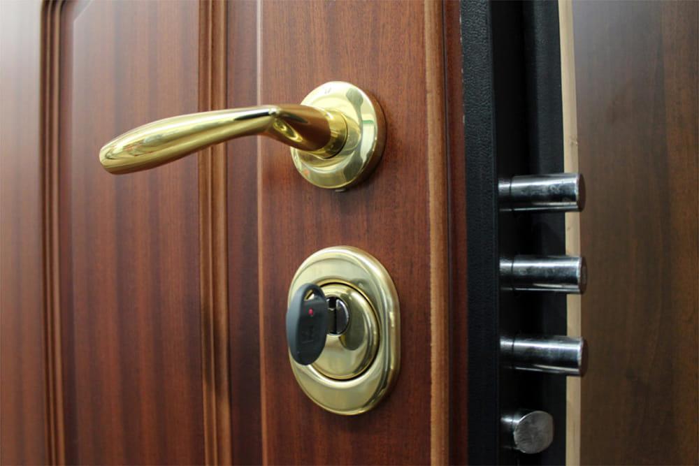Perch importante cambiare la serratura della porta blindata milleguide - Cambiare serratura porta ...